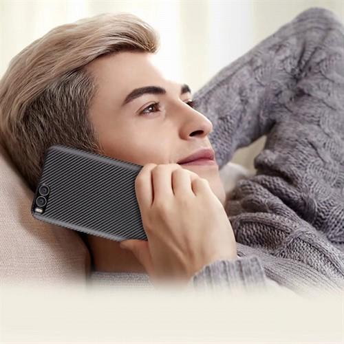کاور فیبر کربنی مناسب Xiaomi Mi 6
