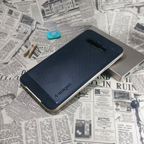 کاور اسپیگن سری Neo Hybrid Carbon مناسب Samsung Galaxy A7