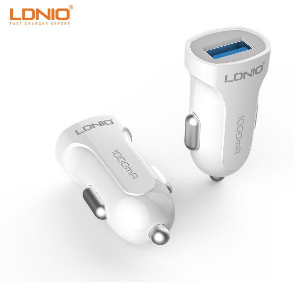 شارژر فندکی  با 1 درگاه USB مارک LDNIO DL-C17