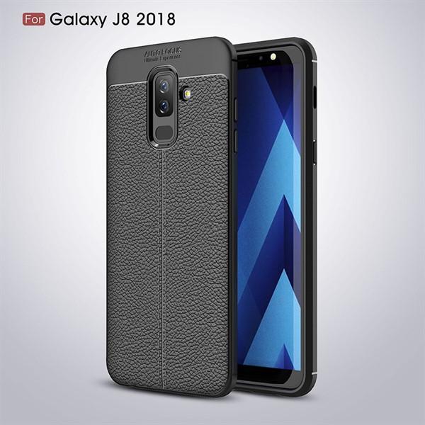 قاب محافظ ژله ای طرح چرم Samsung Galaxy J8 2018 مدل Auto Focus